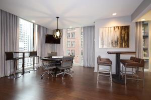 Modern Loop Apartments, Aparthotels  Chicago - big - 57