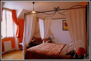 La Villa Bleue de Mauleon, Bed & Breakfast  Mauléon - big - 51