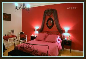 La Villa Bleue de Mauleon, Bed & Breakfasts  Mauléon - big - 47