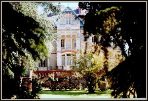 La Villa Bleue de Mauleon, B&B (nocľahy s raňajkami)  Mauléon - big - 25