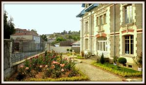 La Villa Bleue de Mauleon, Bed & Breakfast  Mauléon - big - 26