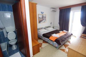 Guesthouse Villa Gaga, Panziók  Budva - big - 125