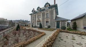 La Villa Bleue de Mauleon, Bed and breakfasts  Mauléon - big - 20