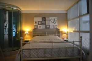 Guesthouse Zevenaar, Bed & Breakfast  Zevenaar - big - 7