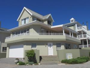 Point Village Accommodation - Laurie's House, Dovolenkové domy  Mossel Bay - big - 1