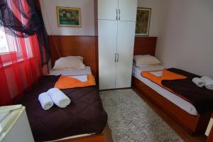 Apartments and Rooms Villa Gaga 2, Bed & Breakfast  Budua - big - 29