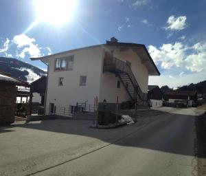 Apartment RS, Apartmány  Leogang - big - 8