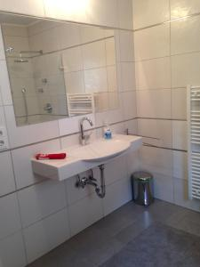 Apartment RS, Apartmány  Leogang - big - 12
