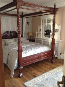 Riverside Lodge B&B, Bed and Breakfasts  Carlingford - big - 32