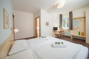 Hotel Heide Park, Hotely  Ora/Auer - big - 9