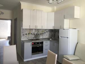 Tyulpanov Apartment, Apartmány  Adler - big - 16