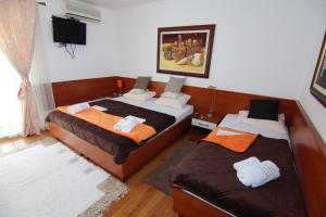 Apartments and Rooms Villa Gaga 2, Bed & Breakfast  Budua - big - 34