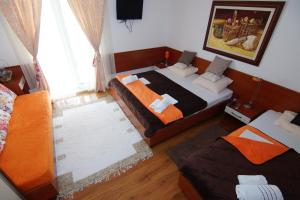 Apartments and Rooms Villa Gaga 2, Bed & Breakfast  Budua - big - 82