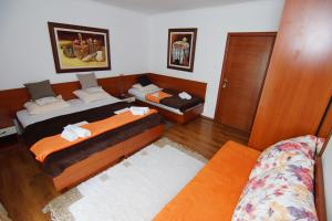 Apartments and Rooms Villa Gaga 2, Bed & Breakfast  Budua - big - 92