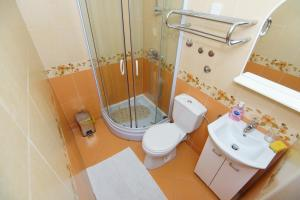 Apartments and Rooms Villa Gaga 2, Bed & Breakfast  Budua - big - 94