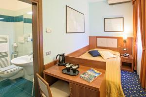 Hotel Benaco, Szállodák  Nago-Torbole - big - 12