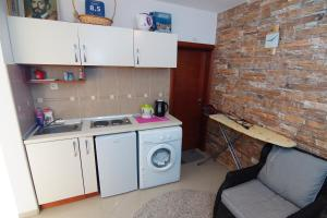 Apartments and Rooms Villa Gaga 2, Bed & Breakfast  Budua - big - 96