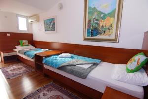 Apartments and Rooms Villa Gaga 2, Bed & Breakfast  Budua - big - 42