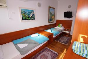 Apartments and Rooms Villa Gaga 2, Bed & Breakfast  Budua - big - 43