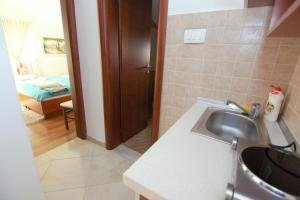 Apartments and Rooms Villa Gaga 2, Bed & Breakfast  Budua - big - 45