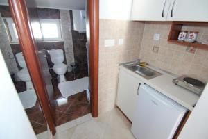 Apartments and Rooms Villa Gaga 2, Bed & Breakfast  Budua - big - 46