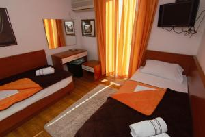 Apartments and Rooms Villa Gaga 2, Bed & Breakfast  Budua - big - 100