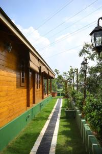 Woodhive Serviced Villa, Дома для отпуска  Kakkanad - big - 8