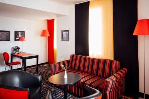 Vienna House Easy Airport Bucharest, Hotely  Otopeni - big - 20