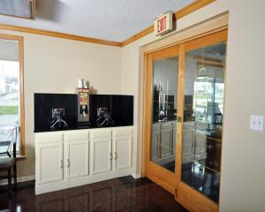 Baymont Inn & Suites Sandusky, Hotels  Sandusky - big - 26