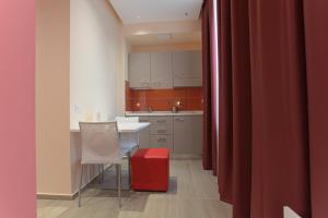 Hotel Agrigento Home, Aparthotels  Agrigent - big - 42