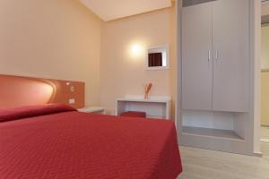 Hotel Agrigento Home, Aparthotels  Agrigent - big - 40