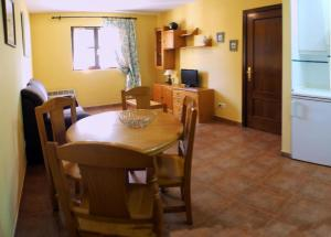 Apartamentos Club Condal, Hotels  Comillas - big - 21
