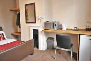 Central Hotel Cheltenham by Roomsbooked, Hotely  Cheltenham - big - 8