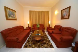 Nejoum Al Emarat, Отели  Шарджа - big - 9