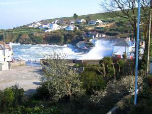 Portmellon Cove Guest House, Bed & Breakfasts  Mevagissey - big - 13