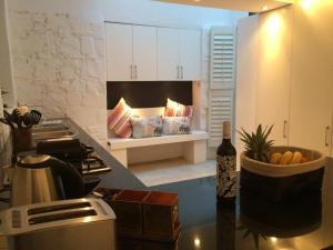 Purple House, Bed & Breakfast  Città del Capo - big - 37