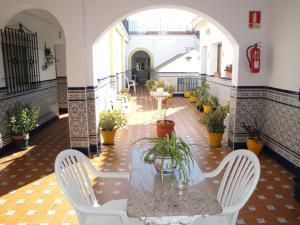 Hostal Málaga, Guest houses  Arcos de la Frontera - big - 47