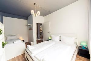 Hevals Grand Appartments Tempelhof, Appartamenti  Berlino - big - 47