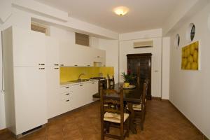 Residence Degli Agrumi, Apartmanok  Taormina - big - 5