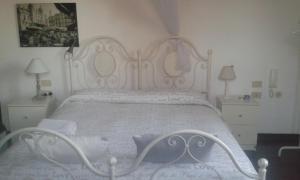 B&B Le Rivaldi la Maison vert, Отели типа «постель и завтрак»  Чертоза-ди-Павия - big - 6
