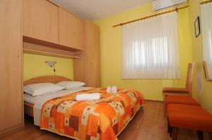 Apartments Katica 3465, Apartmanok  Makarska - big - 5