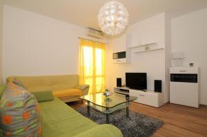Apartments Katica 3465, Apartmanok  Makarska - big - 1