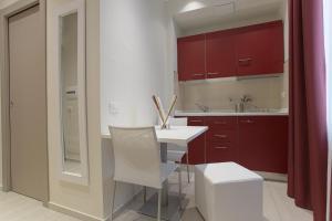 Hotel Agrigento Home, Aparthotels  Agrigent - big - 30