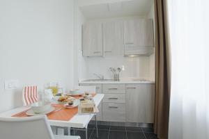 Hotel Agrigento Home, Aparthotels  Agrigent - big - 23
