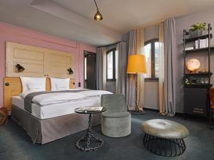 25hours Hotel Altes Hafenamt (5 of 46)