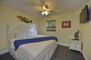 Gulf Holiday by Beachside Management, Apartments  Siesta Key - big - 5