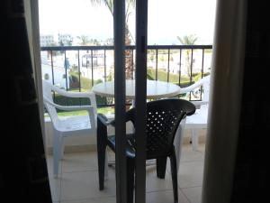 Petsas Apartments, Aparthotels  Coral Bay - big - 3