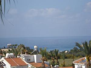 Petsas Apartments, Aparthotels  Coral Bay - big - 4