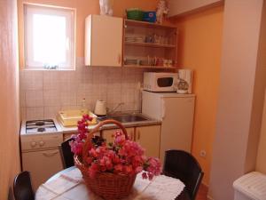 Apartments Diana 3464, Appartamenti  Makarska - big - 15