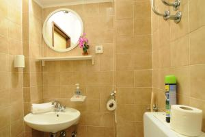 Apartments Katica 3465, Apartmanok  Makarska - big - 13